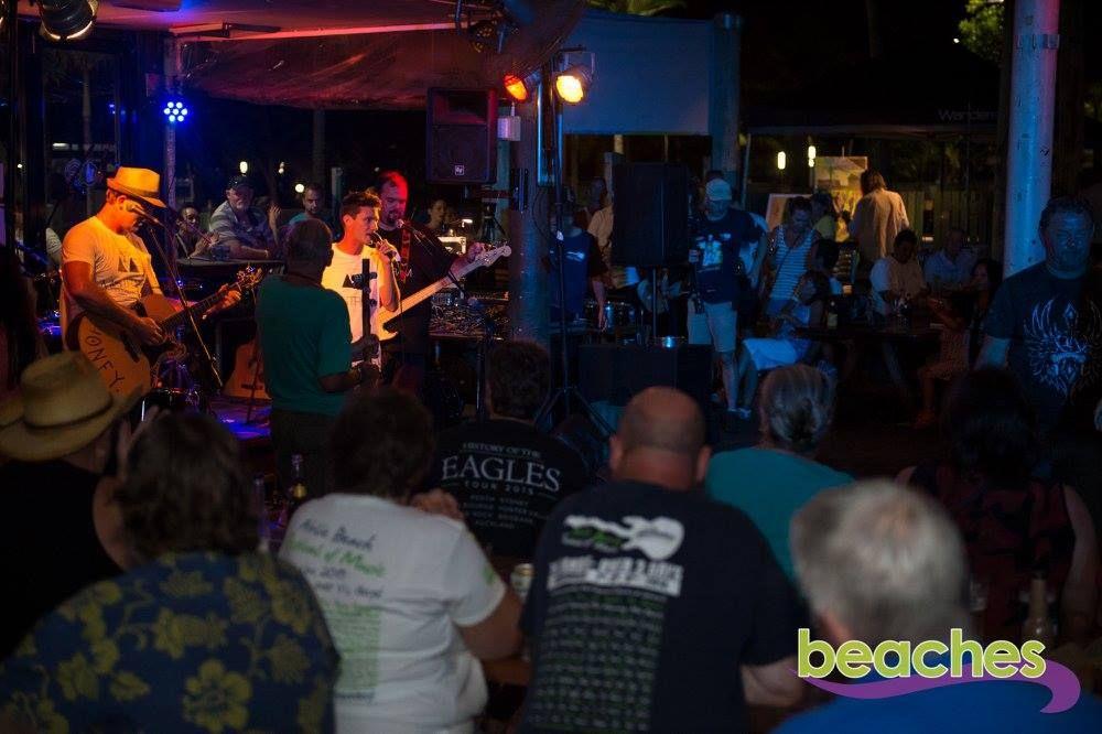 Beaches Bar and Grill Airlie Beach Live Music