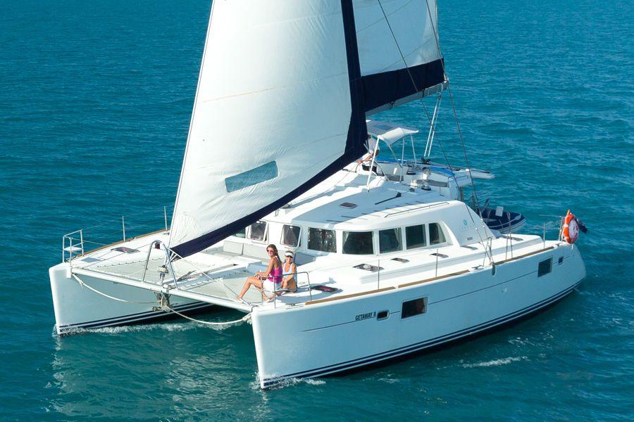 Whitsunday Getaway Catamaran Sailing Whitsundays