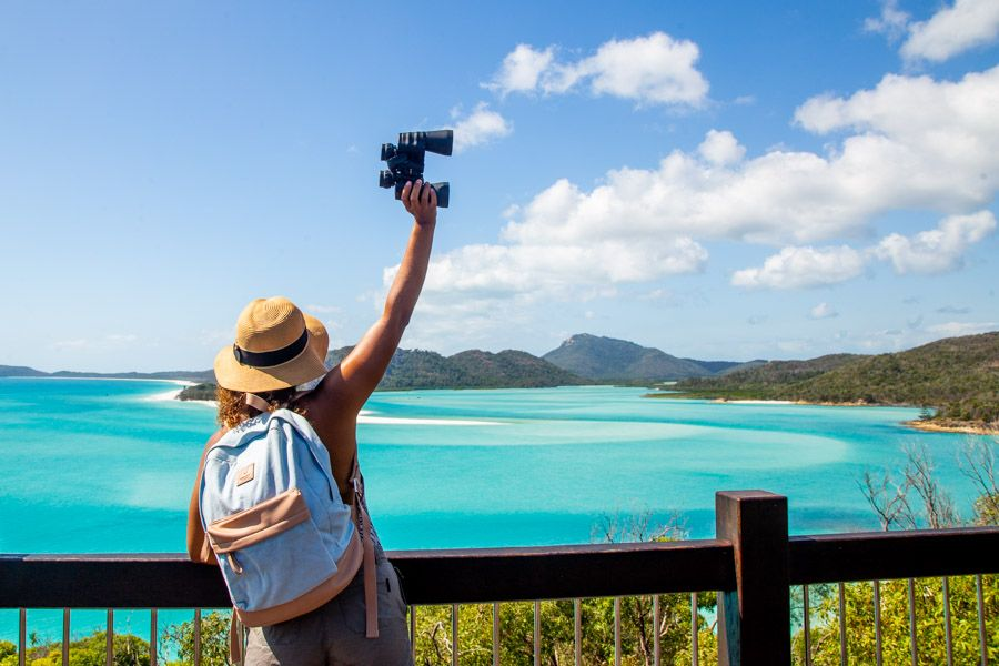 Hill Inlet Lookout exploring, viewing platforms swirling sands in the Whitsunday Islands