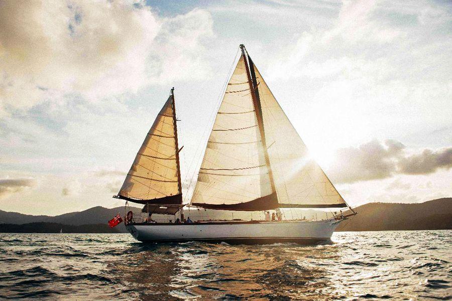Lady Enid Adult Only Sunset Sail Whitsundays