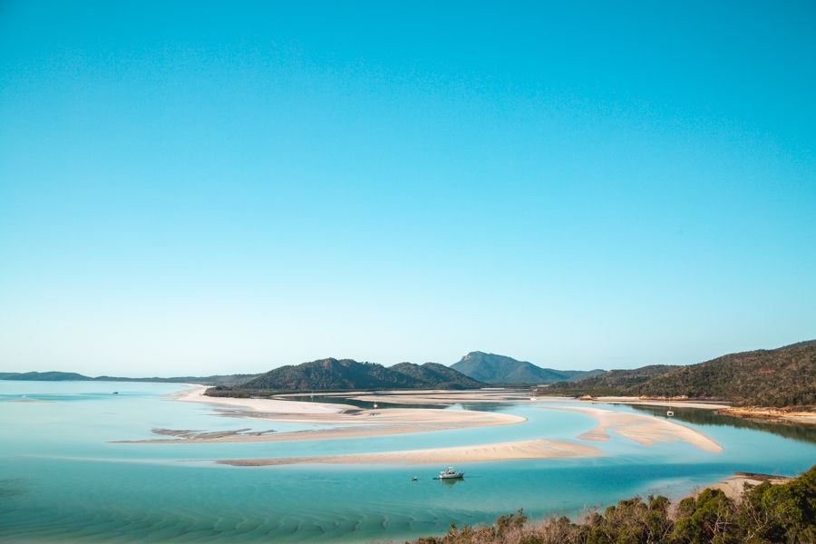 Famous Hill Inlet Lookout swirling sands from Whitsunday Island