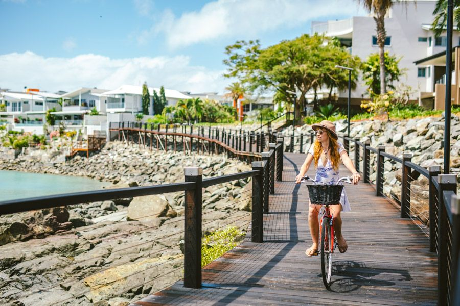 Bicentennial walkway Airlie Beach Free things to do