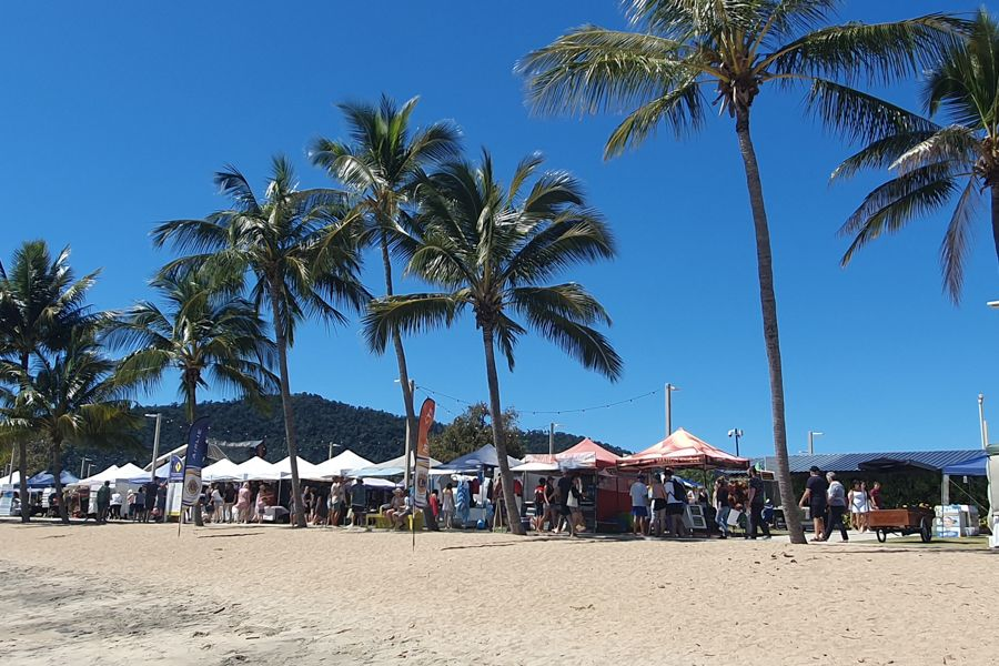 Airlie Beach Markets Free activities in the Whitsundays