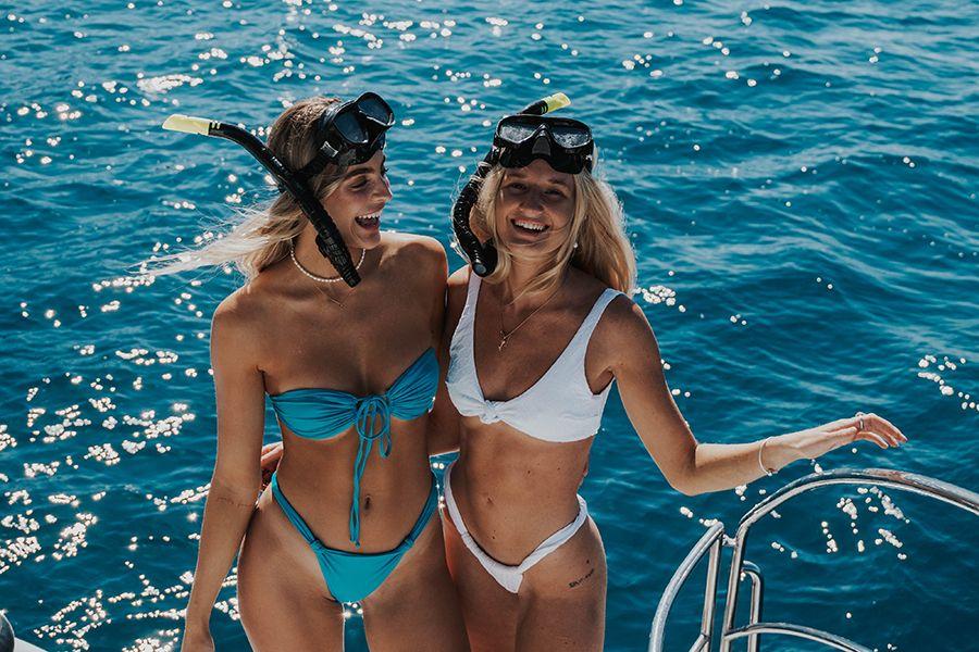 Black Island Whitsunday Islands Snorkelling great Barrier Reef on Tik Tok