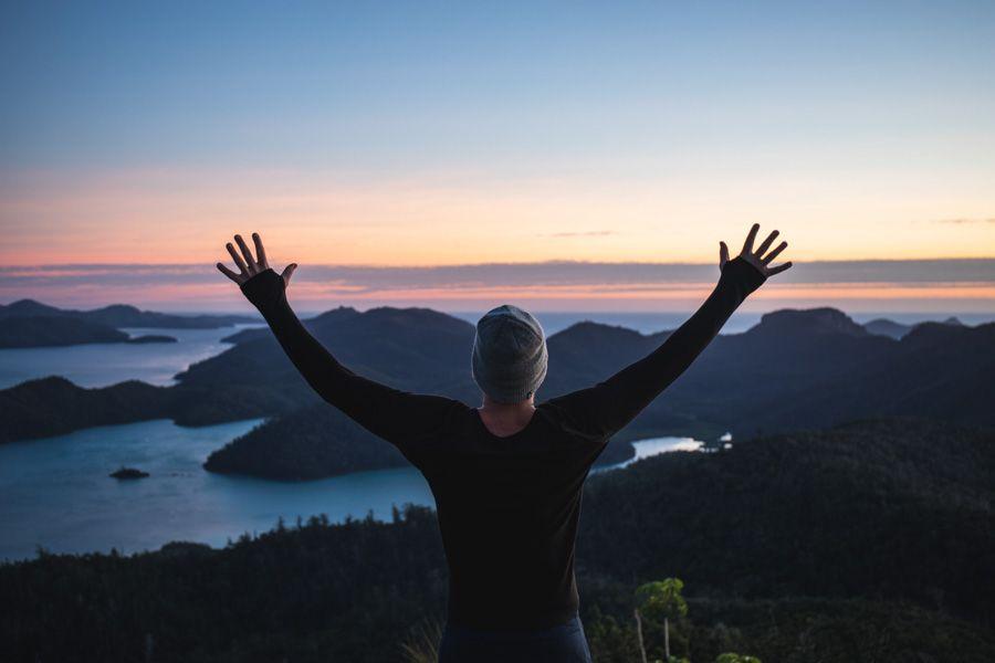 Whitsunday Peak Sunrise Influencer