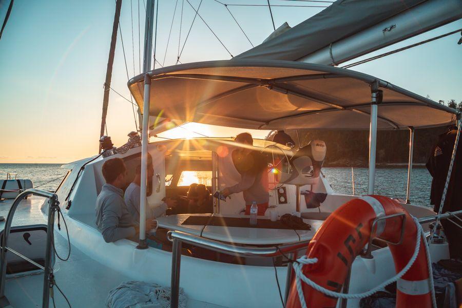 Whitsunday Getaway Catamaran On Ice Whitsundays Experts Tours