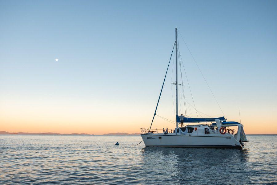 Whitsunday Adventurer Luxury catamaran islands sailing tour