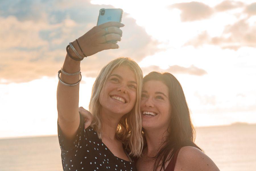 selfie, whitehaven beach