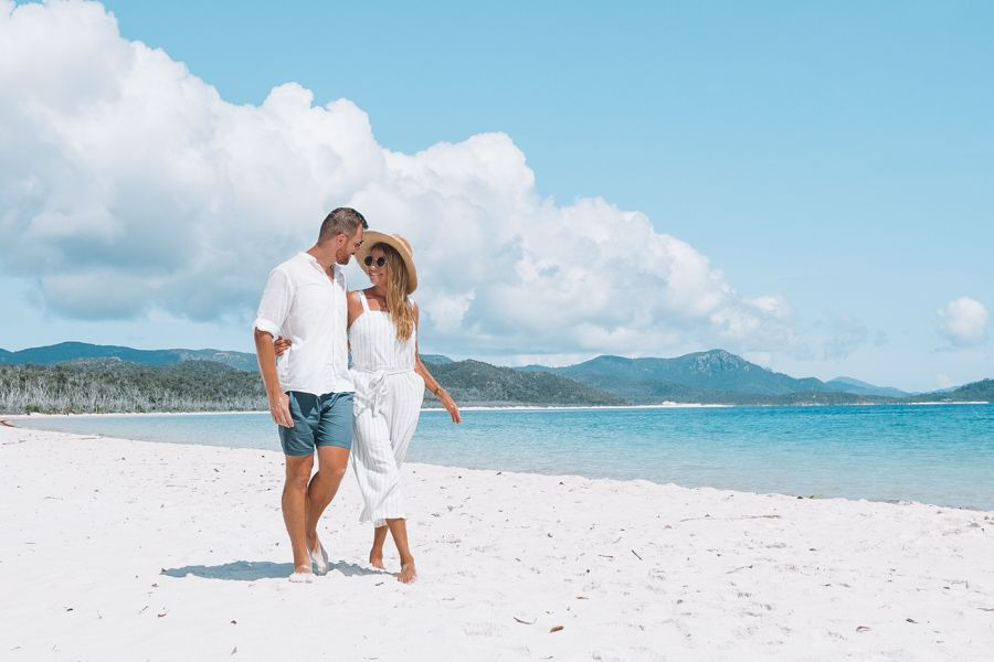 Couple on Whitehaven Beach, Whitsundays