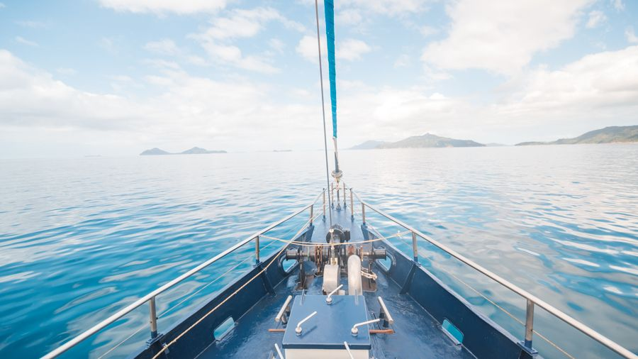 Atlantic Clipper Guide to the Whitsundays Sailing